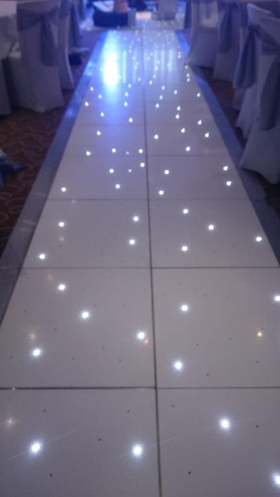 brookfields hotel emsworth led twinkle aisle runner 1 e1489928718345