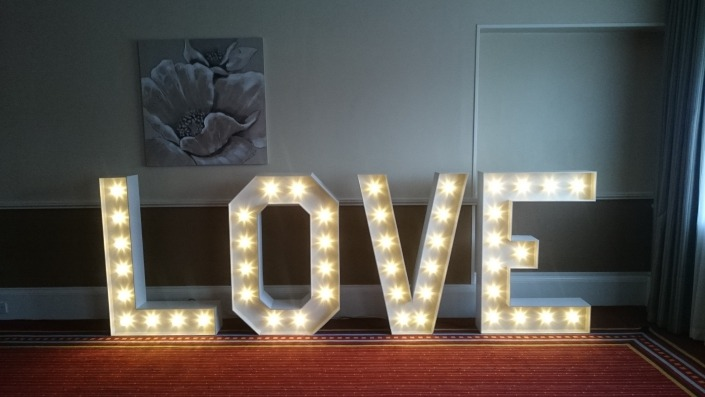 4ft LOVE at Heritage Suite Portsmouth Marriott