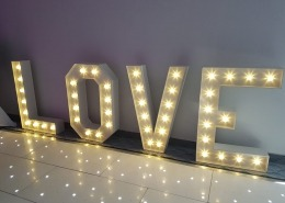 langston hotel 4ft love white led dancefloor 1
